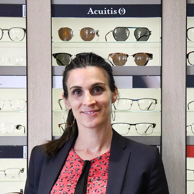 Stéphanie, opticienne lunetière